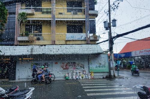 Những cơn mưa rào - Adele Doan Blog